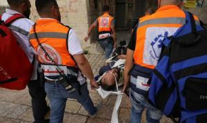 إسرائيل تفرّق مظاهرة في نابلس… وسقوط جرحى