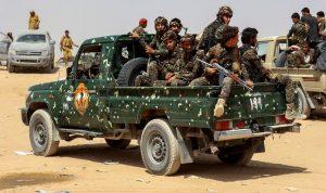 """""""القاعدة"""" يخطف 6 من عناصر الأمن اليمني"""