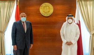 مباحثات بين وزير الخارجية المصري ونظيره القطري في الدوحة