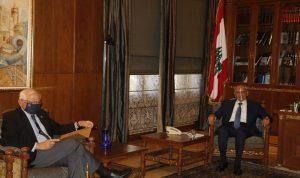 """بوريل في بيروت مع """"العصا والجَزرة"""": لحكومة الآن!"""