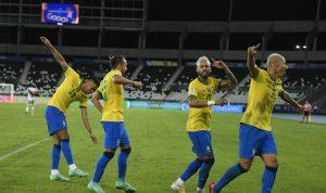 البرازيل تسحق بيرو برباعية في كوبا أميركا (فيديو)