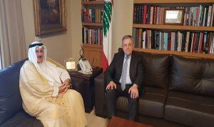 السنيورة عرض الأوضاع الراهنة مع السفير الكويتي