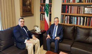 أوضاع لبنان والمنطقة بين السنيورة والسفير المصري