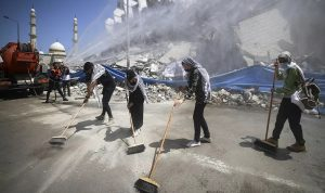 مصر ترسل معدات بناء إلى غزة لإعادة الإعمار