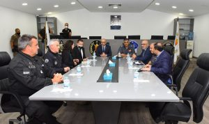 وفد فرنسي التقى عثمان… وثناء على دور قوى الأمن
