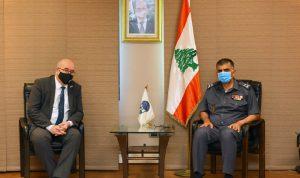 عثمان التقى لونغدن مع وفد من السفارة البريطانية مودعًا