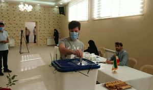 تمديد جديد للاقتراع في الانتخابات الإيرانية