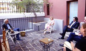 جنبلاط عرض المستجدات مع رئيسة بعثة الإتحاد الأوروبي