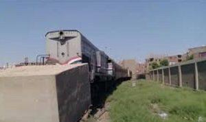 اصطدام قطار بحائط في مصر (فيديو)