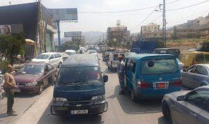 زحمة سير أمام محطات الوقود في حلبا