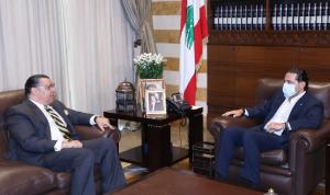المستجدات السياسية بين الحريري والسفير المصري