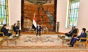 مصر للحريري: لا تعتذر!