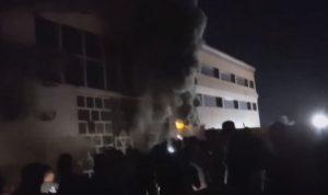 في العراق… حريق داخل مركز لعزل مصابي كورونا