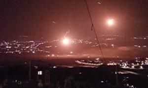 إسرائيل ألقت 10 قنابل مضيئة قبالة الخيام