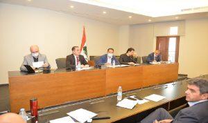 مشاكل قطاع الاتصالات على طاولة لجنة الإعلام