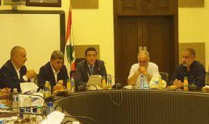 نجار: البلد ينهار ونحتاج إلى حكومة تعيد إنعاشه