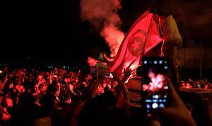 الاتحاد الأوروبي: لتجنب الانزلاق إلى العنف في تونس