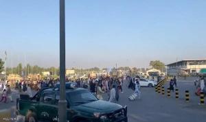 """طالبان"" تحتجز 150 هنديا قرب مطار كابل"