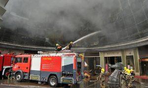حريق هائل يلتهم برجا سكنيا في الصين! (فيديو)