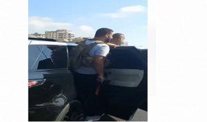 """بالفيديو- مسلحو """"الحزب"""" في موكب تشييع شبلي قبل الحادثة"""