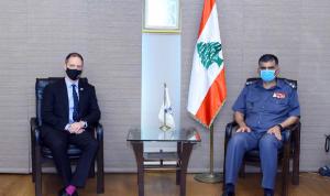 الأوضاع العامة بين عثمان والسفير البريطاني الجديد