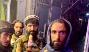 """بالصورة- عناصر """"طالبان"""" يأكلون الـ""""آيس كريم"""""""
