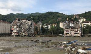 فيضانات تركيا… ارتفاع حصيلة الضحايا إلى 27 قتيلًا