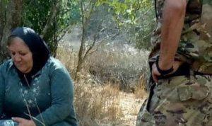 الجيش الإسرائيلي يطلق النار فوق رأس سيدة لبنانية! (صوَر)