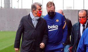 رئيس برشلونة يدعم كومان: نقف جميعًا خلفه