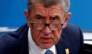 رئيس وزراء التشيك يتخلى عن تشكيل الحكومة
