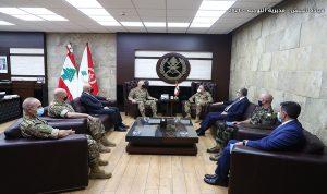 قائد الجيش استقبل ديل كول والملحق العسكري الإسباني