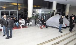 27 عاملاً مصروفاً يتّجهون إلى الاعتصام: لن نسكت عن ممارسات كازينو لبنان