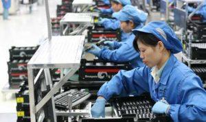 الصين تحقق في أنشطة احتكارية