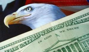 الدولار يكشر عن أنيابه من جديد … دعوة البنك المركزى لطرح عطاء عاجل لامتصاص الطلب