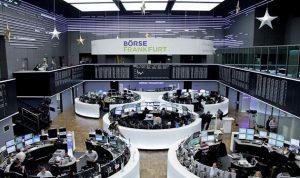 الأسهم الأوروبية تعاود الاقتراب من أعلى مستوياتها في عدة سنوات
