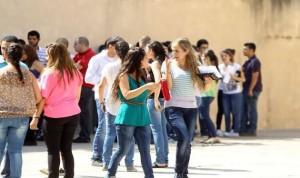 غلاء المعيشة هو السبب الأول…85% نسبة العنوسة في لبنان