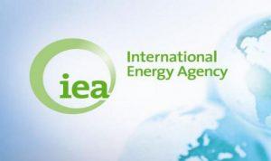 وكالة الطاقة تؤكد تلقي أسواق النفط إمدادات وفيرة رغم الصراعات