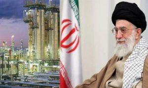 خامنئي: أعداء إيران وفنزويلا السبب في انهيار أسعار النفط