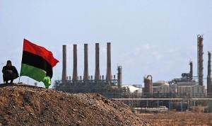 إنتاج ليبيا 270 ألف برميل يومياً