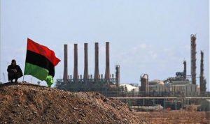 ليبيا: إنتاج النفط لا يقل عن 800 ألف برميل يومياًً