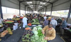 دعوات لتنفيذ سوق الخضر المركزية  في بيروت