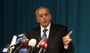 """بري: على لبنان ان يحمي نفسه من """"تحت الى فوق"""""""