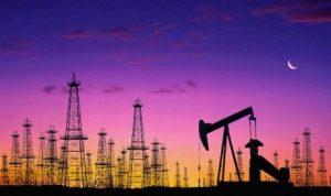 تباين التوقعات بشأن أسعار النفط العام المقبل
