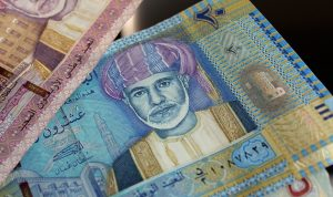 سلطنة عمان تسوق قرضا بمليار دولار لأجل 5 سنوات