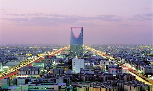 التسرب الوظيفي.. يضغط على نمو القطاع الفندقي في السعودية
