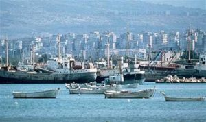 السكر الفاسد في مرفأ طرابلس بين «الاقتصاد» و«الصحة»: حرب بيانات وطرح أسئلة وسط غياب التوضيحات