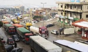 خطورة القيادة قرب الشاحنات في فصل الشتاء