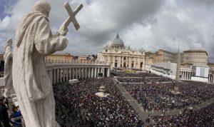 الفاتيكان ينصح لبنان بالتحييد عن تداعيات الخارج