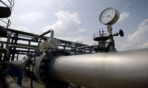 مسؤول: مصر تطرح مناقصة لاستئجار مركب ثانية لمعالجة الغاز المسال