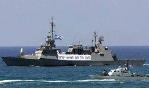 زورقان إسرائيليان خرقا المياه الإقليمية